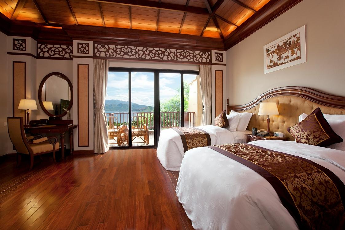 Phòng khách sạn với tầm nhìn hướng biển