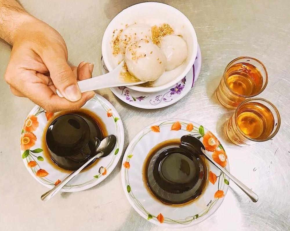 Thưởng thức những món ăn vặt nổi tiếng Sài Gòn