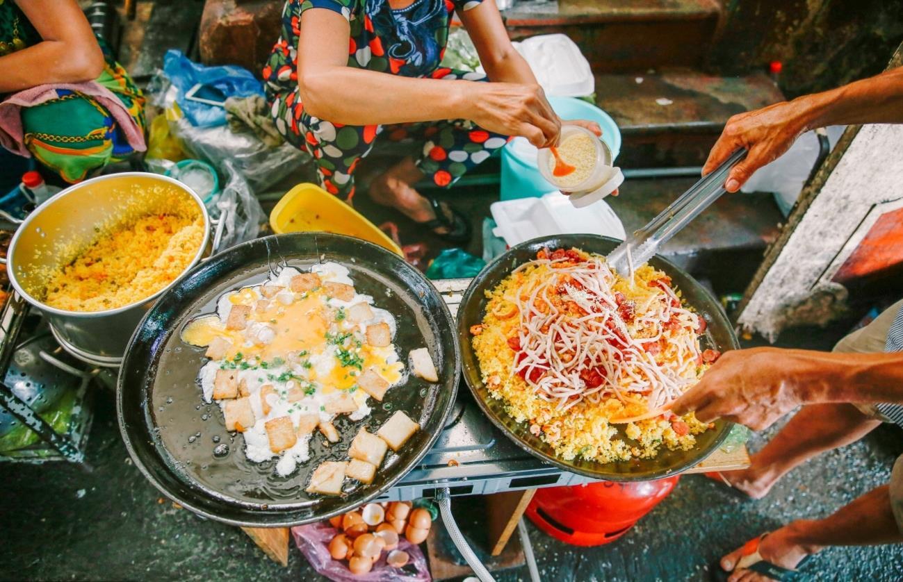 Khu phố ăn vặt ngon ở Sài Gòn