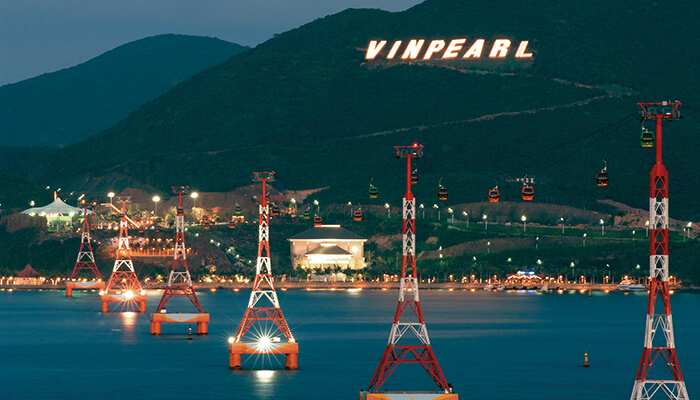Cáp treo vượt biển của Vinpearl