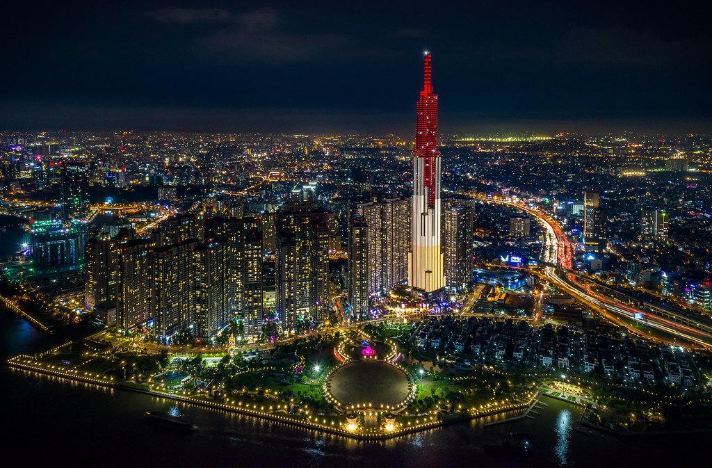 Khách sạn Vinpearl Luxury Landmark 81 là khách sạn cao nhất khu vực Đông Nam Á