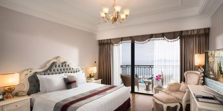 Phòng nghỉ tại Vinpearl Resort & Spa Hạ Long