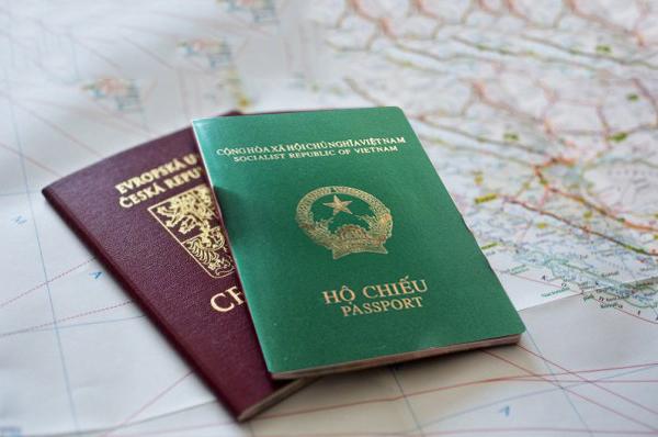 Hộ chiếu- giấy tờ cần thiêt khi đi du lịch Hàn Quốc