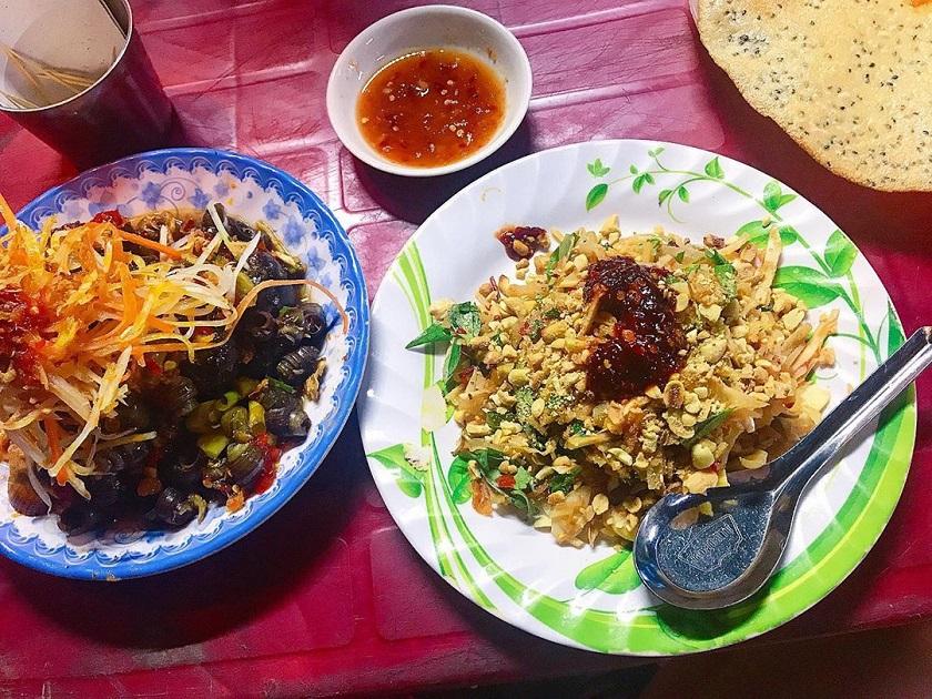 Ốc hút đĩa bay quán Cô Ta - Quán ốc ngon ở Đà Nẵng đông khách nhất