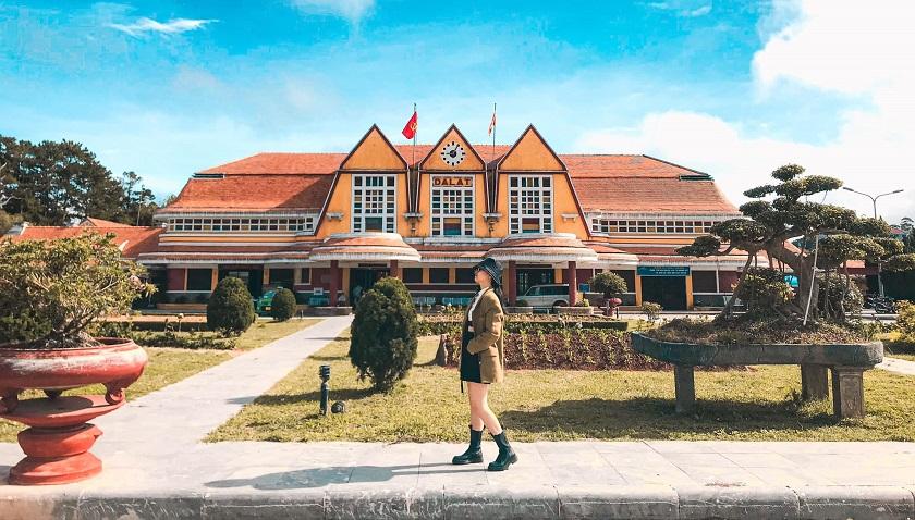 Check in Ga Đà Lạt