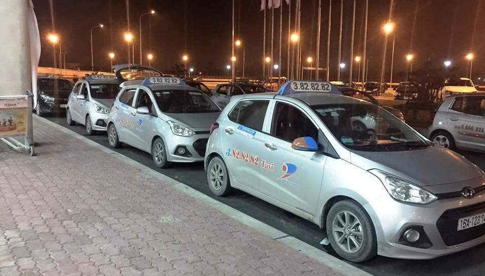 Taxi tại sân bay Cát Bi