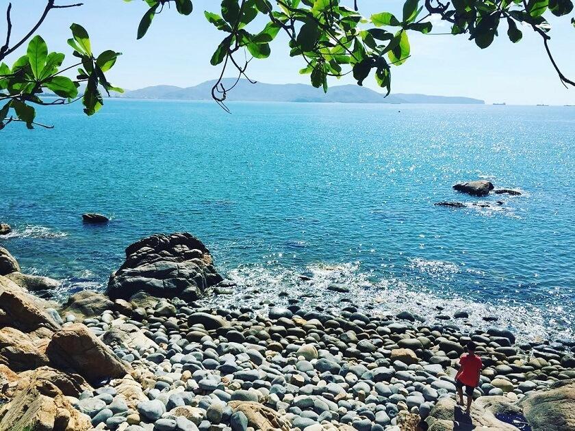 Biển Bãi Bàu