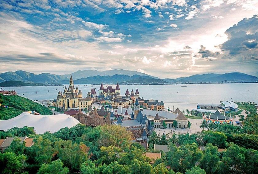 Toàn cảnh khu vui chơi Vinpearl Land Nha Trang