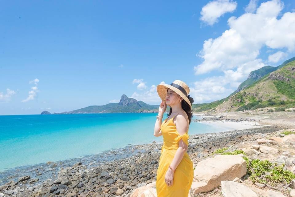 Bãi Đá Trắng luôn là điểm đến lý tưởng khi du lịch Côn Đảo