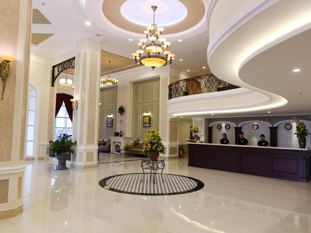 Iris Đà Lạt Hotel