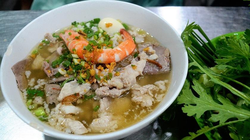 Ăn sáng với hủ tiếu Sài Gòn
