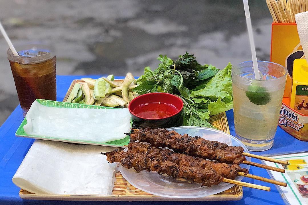 Thịt nướng bánh ướt cô Hường, Hội An