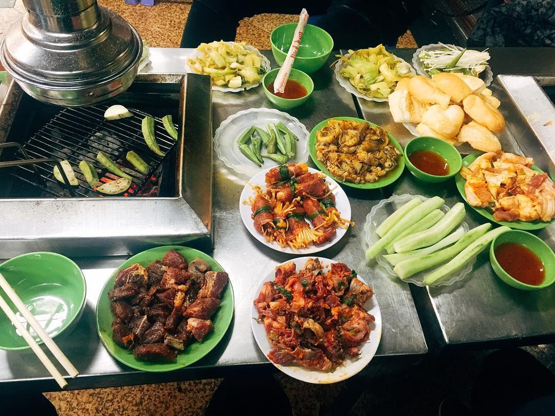 Delicious grilled at Mam Cuoi restaurant