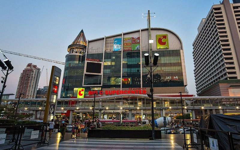 Big C là địa điểm mua sắm hấp dẫn ở Thái Lan