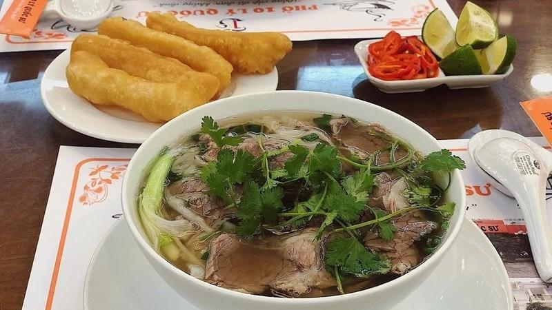 Phở - món ăn đặc trưng của người Hà Nội