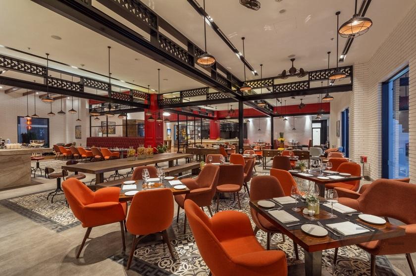 nhà hàng Topaz chuyên ẩm thực Ý