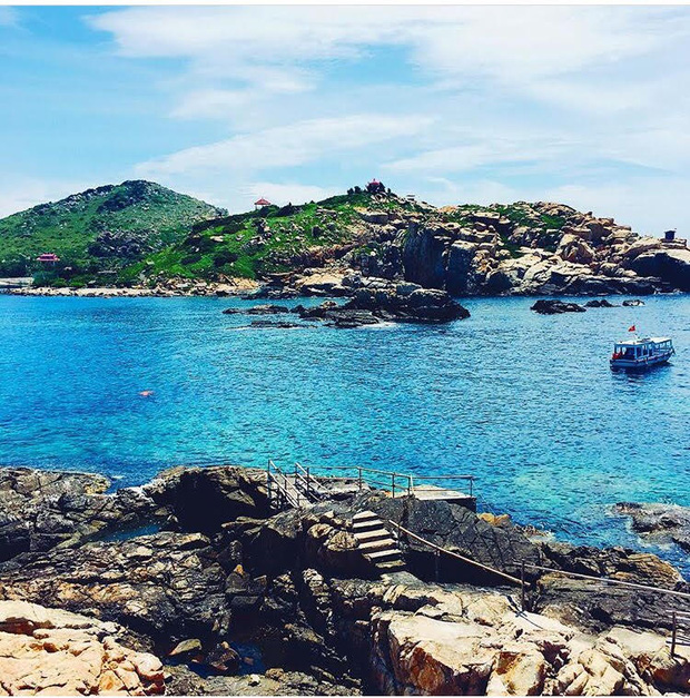 Đảo Yến- một trong những hòn đảo xinh đẹp tại Nha Trang