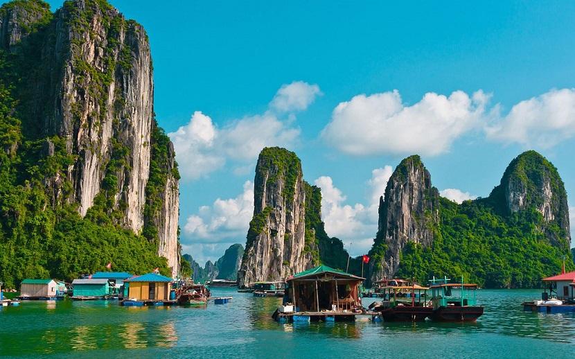 Hạ Long - Địa điểm du lịch gần Hà nội trong 2 ngày được yêu thích nhất