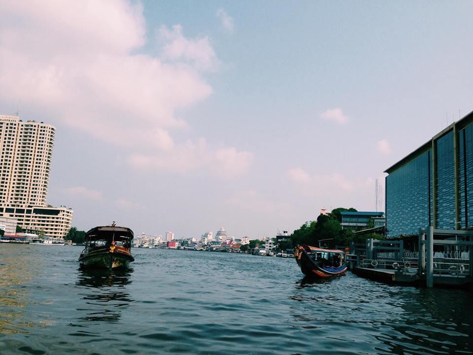 Du thuyền trên sông Chaopraya