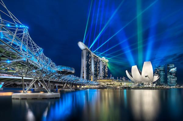 Quang cảnh Singapore về đêm