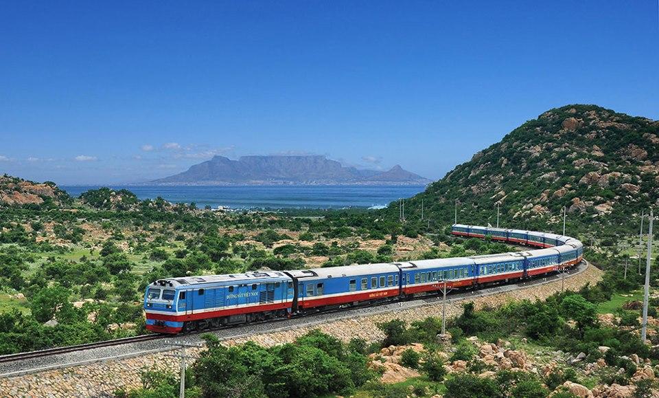 Tàu hỏa là phương tiện di chuyển từ Quy Nhơn đến Phú Yên thuận tiện