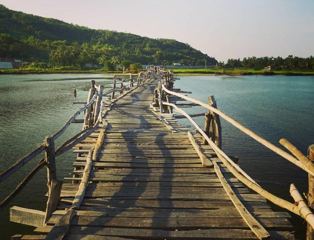 Di chuyển từ Quy Nhơn đến Phú Yên check in tại cầu Ông Cọp