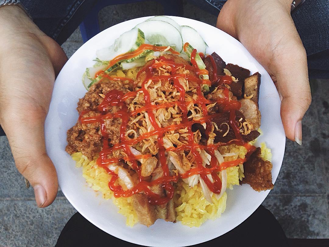 Xôi Trung Béo là một trong các quán xôi ngon ở Hà Nội nằm ở quận Hà Đông