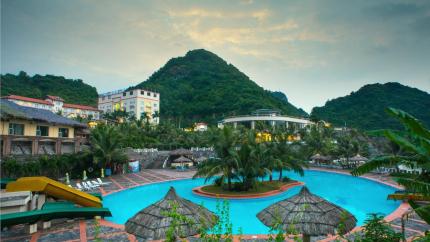 Free & Easy 3N2Đ: Du thuyền Mon Cheri 5* + Cát Bà Island Resort 4*