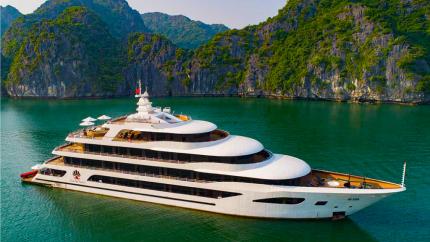 Combo Hạ Long 3N2Đ: Du thuyền Scarlet Pearl 5* + Vinpearl Resort & Spa Hạ Long 5*