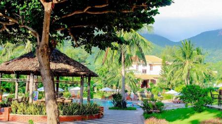 Combo Côn Đảo 3N2Đ: Tân Sơn Nhất Côn Đảo Resort 3* + Vé máy bay (Miễn phí xe đón tiễn sân bay)