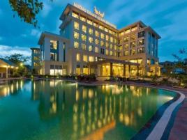 Combo 3N2Đ Khách sạn Mường Thanh Holiday Quảng Bình + Vé máy bay khứ hồi