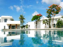 Full board 2 ngày 1 đêm Saint Simeon Long Hải Resort ( ăn 3 bữa)