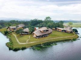 Tomodachi Retreat - Làng Mít Resort  + xe khứ hồi