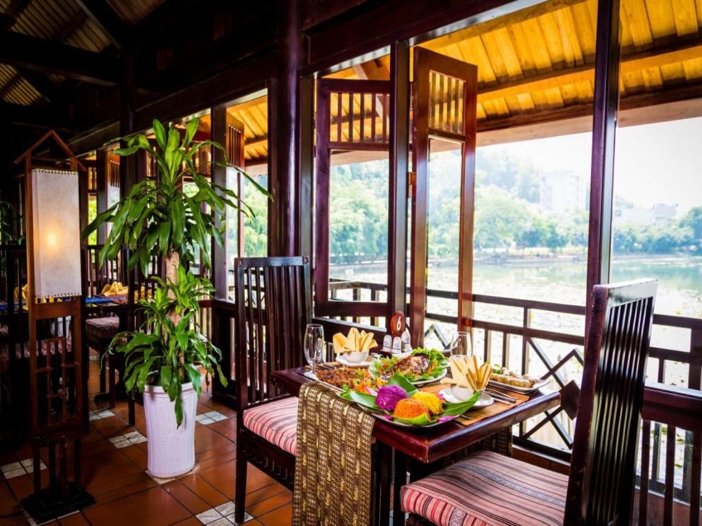 Nhà hàng Mai Châu Lodge