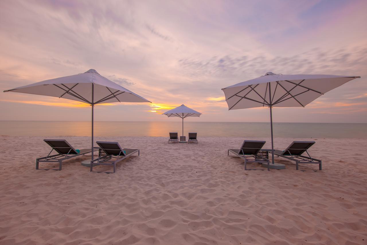 Bãi biển SOL By Melia Phú Quốc