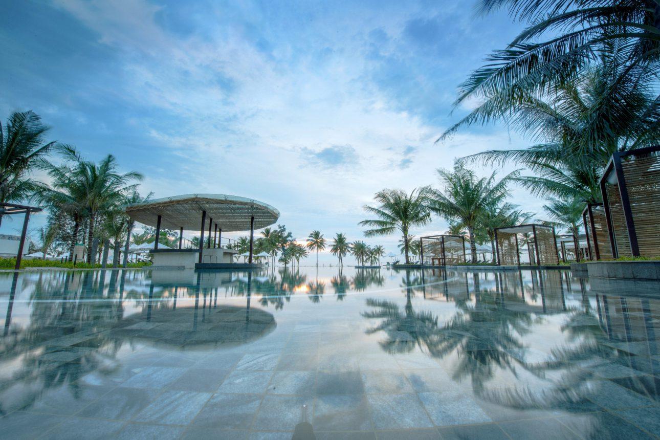 Bể bơi SOL By Melia Phú Quốc
