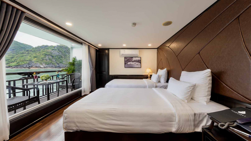 Suite Room With Private Balcony