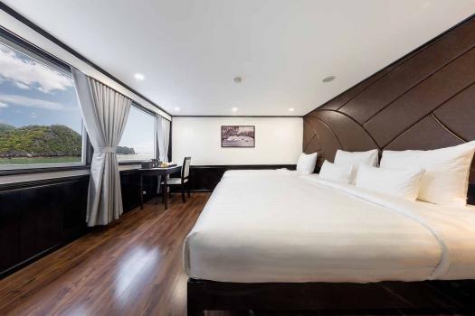 Deluxe Triple Room With Ocean View