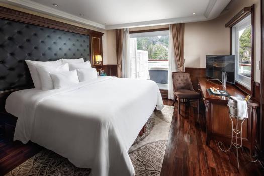 Captain's View Terrace Suite