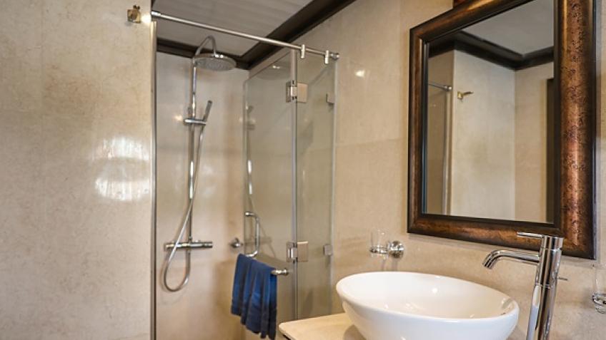 Phòng tắm hạng phòng Paradise Luxury