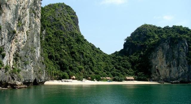 Lan Ha Bay Cat Ba Island