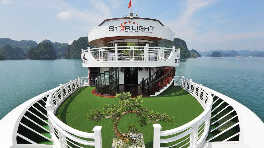 Du thuyền Starlight