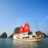 Du thuyền Sun Legend
