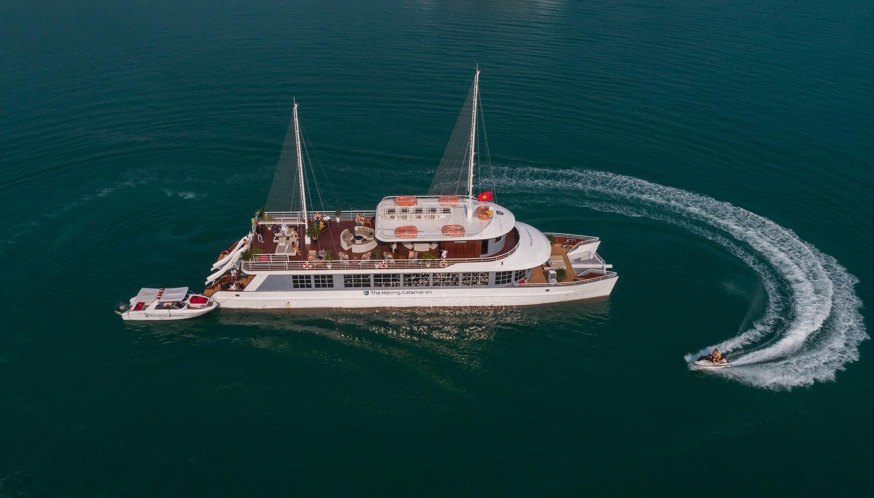 Overview - Catamaran Cruise