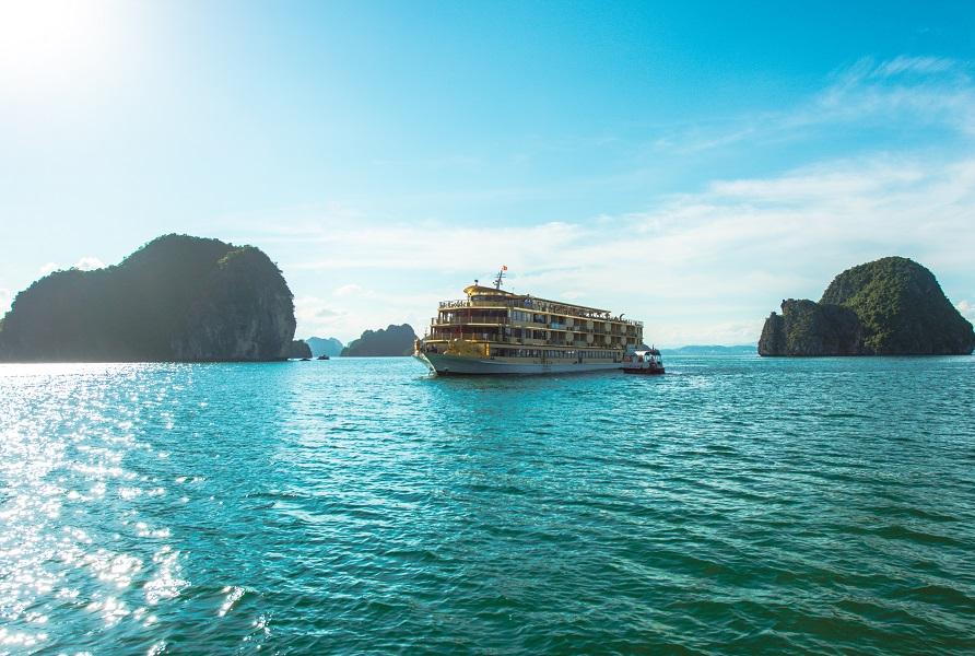 Cham Viet Nam   Goden Cruise 0009