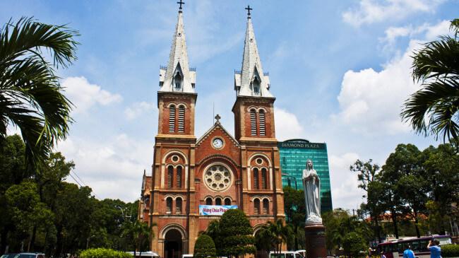 Vé máy bay giá rẻ từ Hà Nội đên Hồ Chí Minh