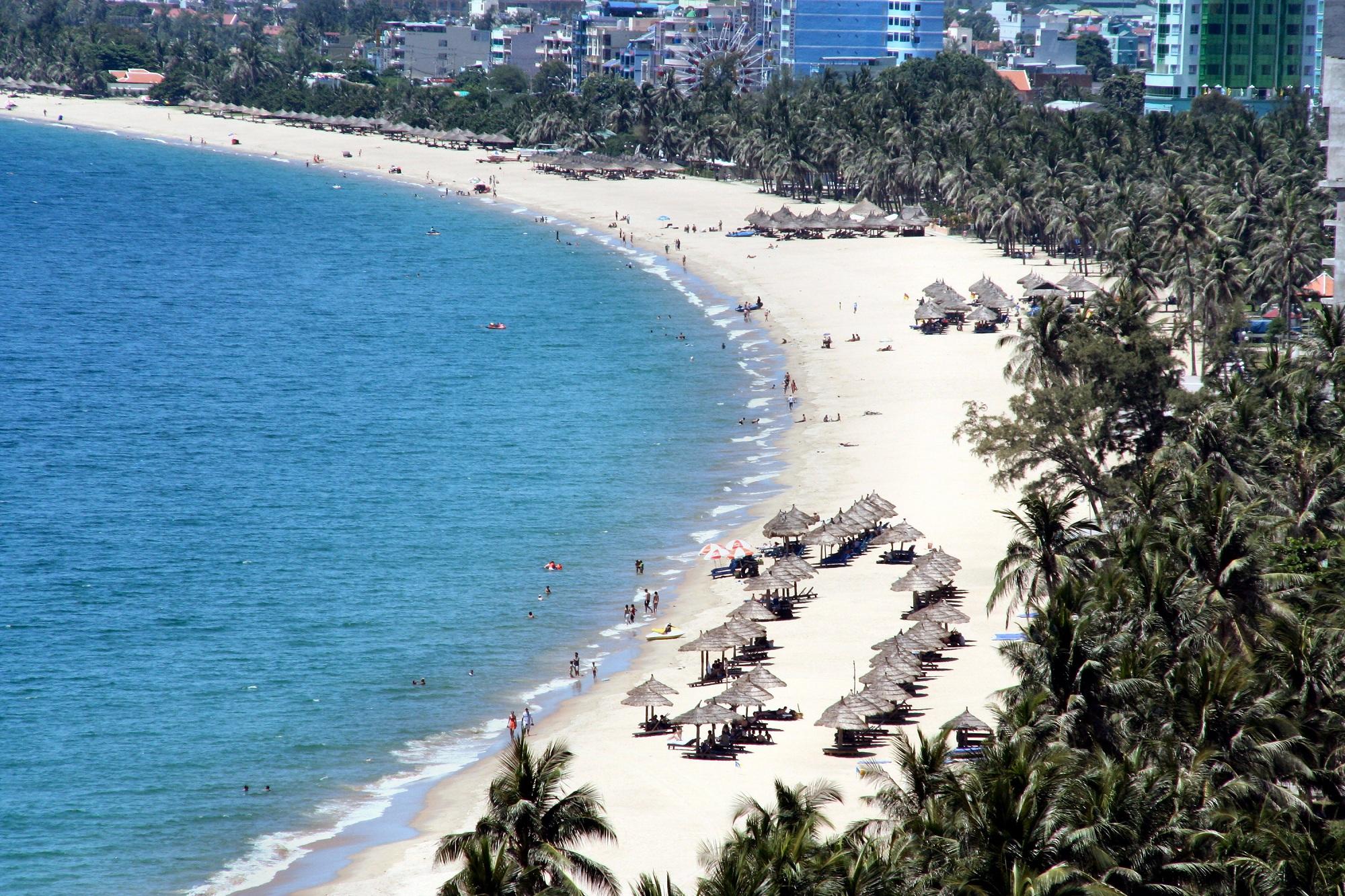 Kết quả hình ảnh cho bãi biển mỹ khê đà nẵng