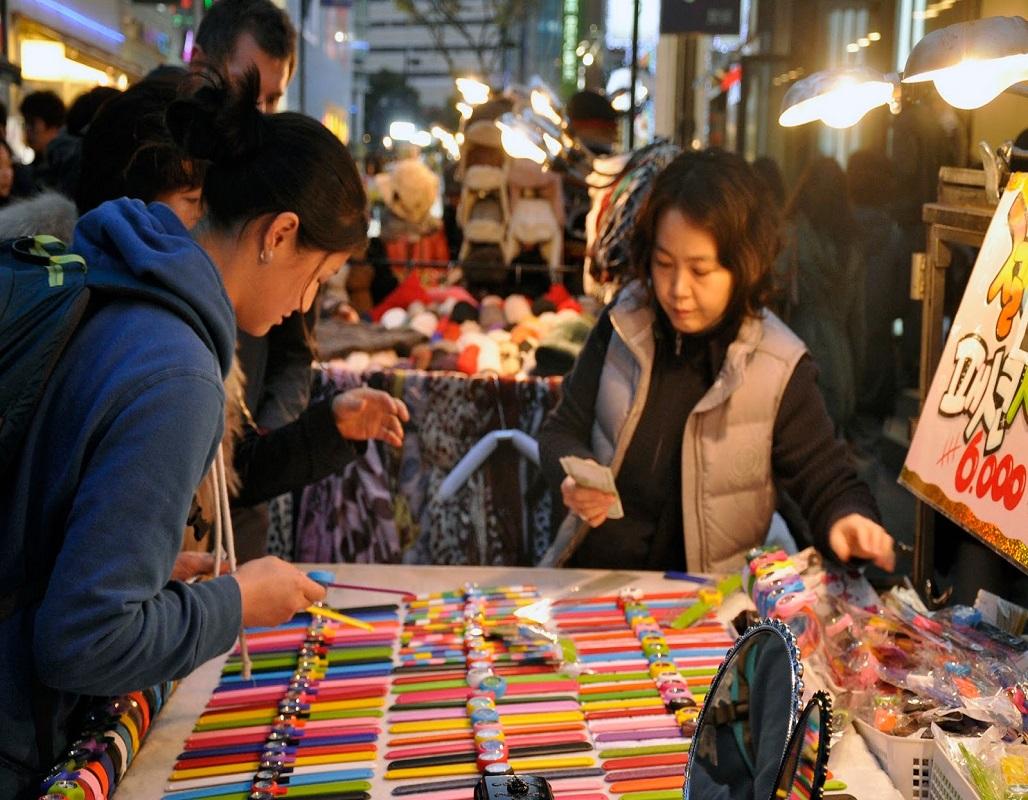 Chợ Nampo một trong những khu chợ nổi tiếng nhất Busan