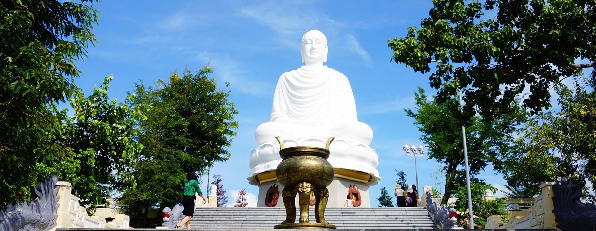 Pho tượng Kim Thân Phật Tổ