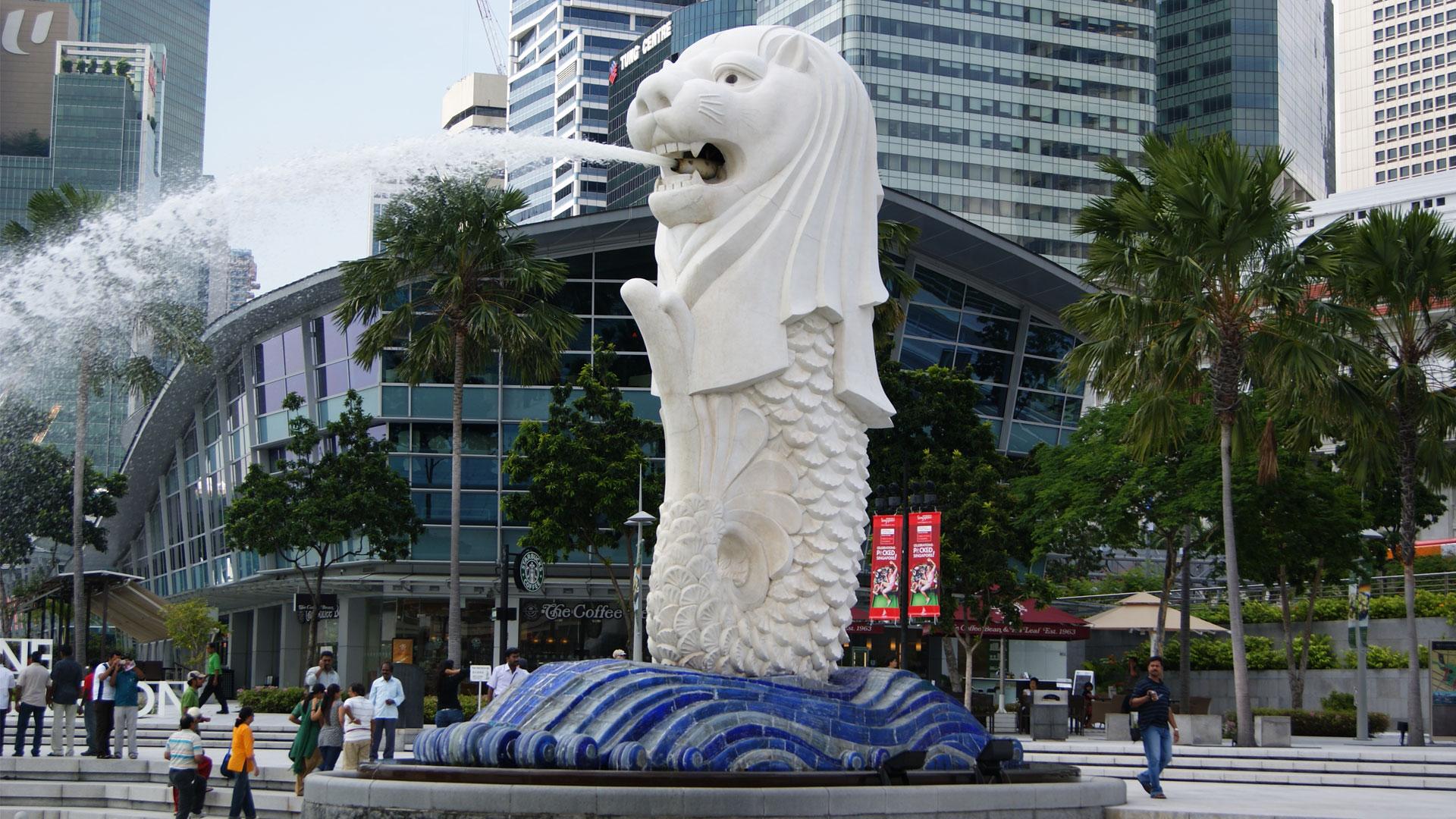 Tượng sư tử biển cao 8,6m tại Merlion park